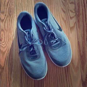 Nike flex grey sneaker 11